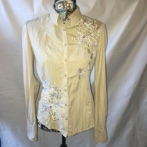 JOHNNY WAS 3j Floral Embroidered pearl snap up S